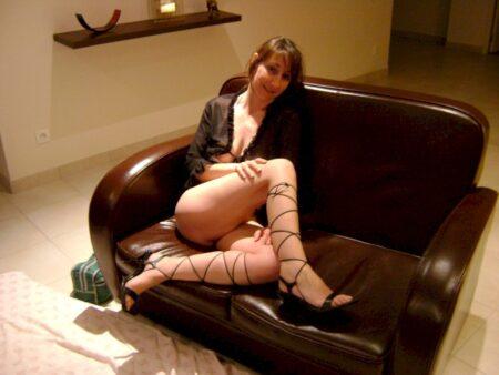 Belle femme cougar sexy qui a envie d'un plan baise