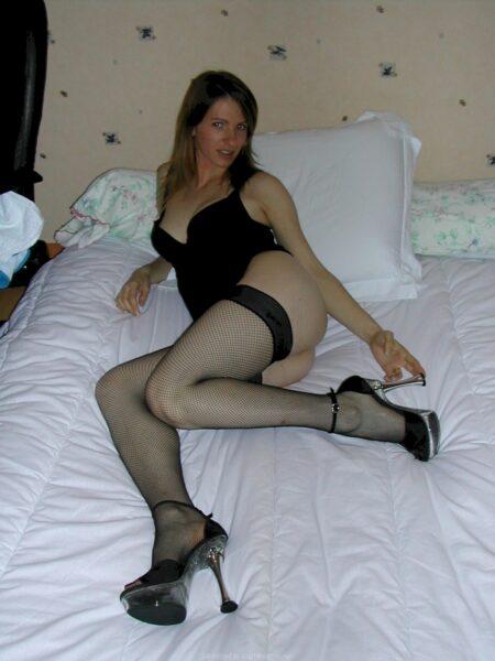 Femme cougar sexy réellement en manque cherche un mec expérimenté