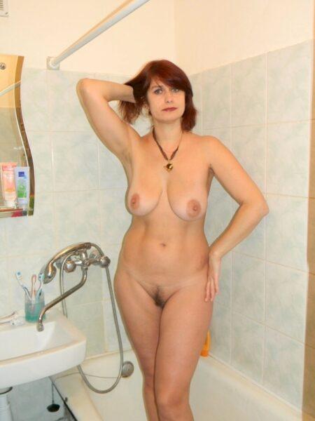 Femme mature soumise pour gars directif