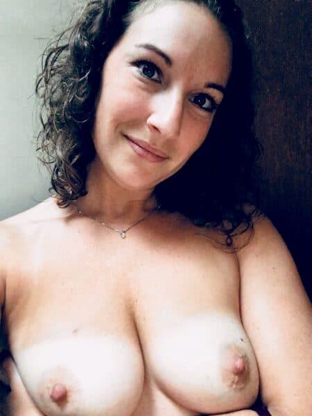 Rencontre mature entre adultes qui ont le habitudes pour une femme cougar sexy